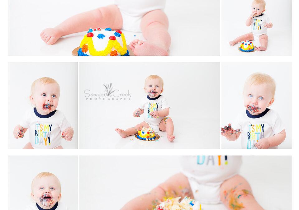 Charlie's Cake Smash :: Baby Photographer :: Shell Lake, WI